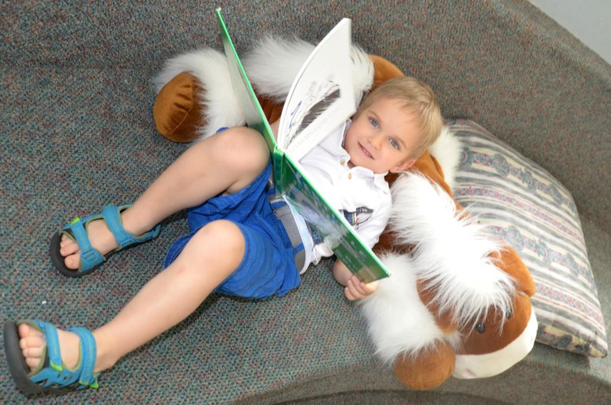 Читання як невід'ємна частина робочого дня дитини (і батьків)